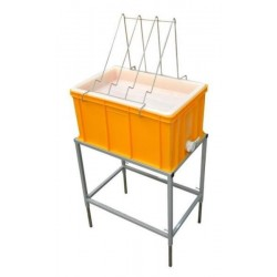 Uncapping table with plastic tray and plastic strainer (H - 300 mm)